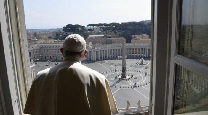 Molitev s papežem in blagoslov