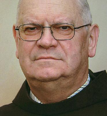 Umrl je p. Matej Papež