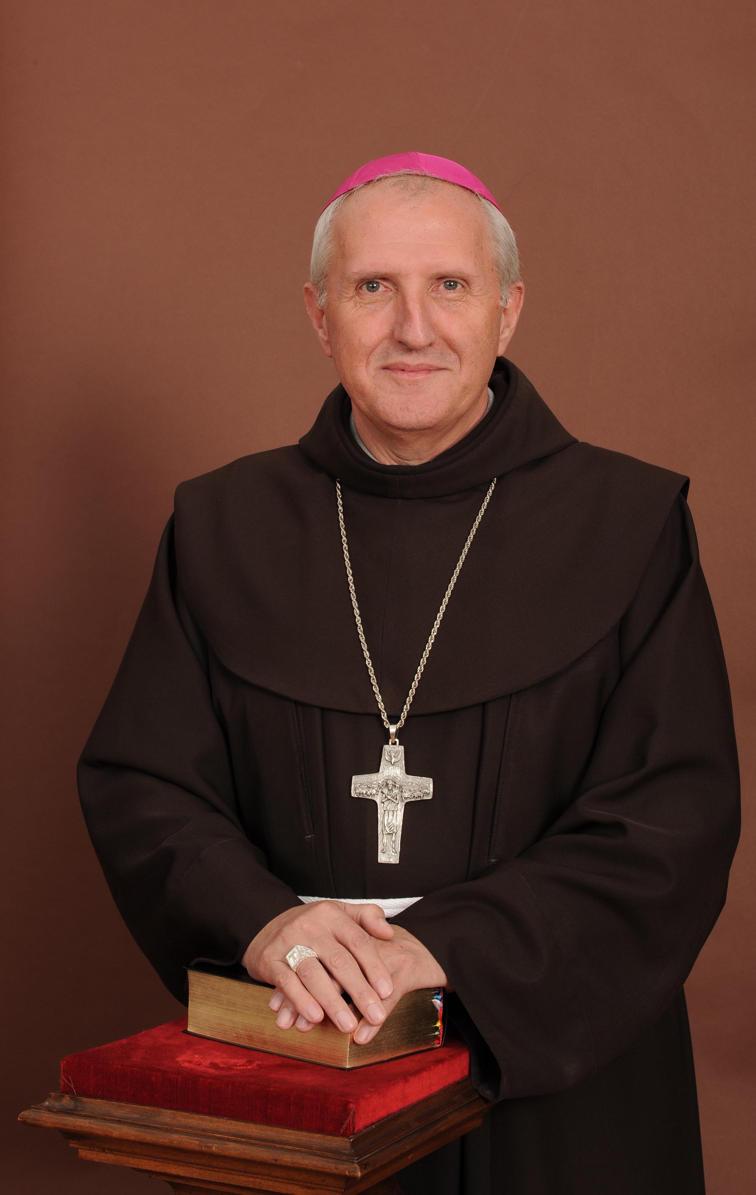 Objave o p. Stanetu Zoretu, novem ljubljanskem nadškofu in metropolitu
